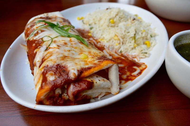 Burrito_with_rice